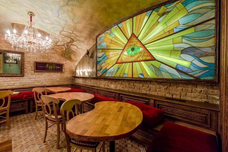 Интерьер Mitza Bar