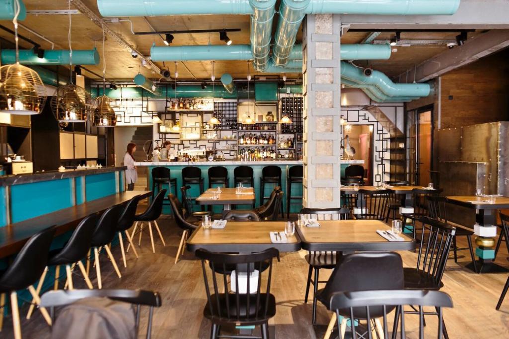 Интерьер 15 Kitchen + Bar